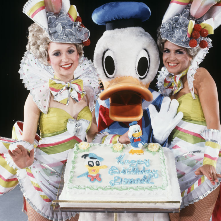 World's Most Famous Duck Celebrates Birthday In Oz - The Good Guide